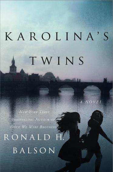 karolinas-twins