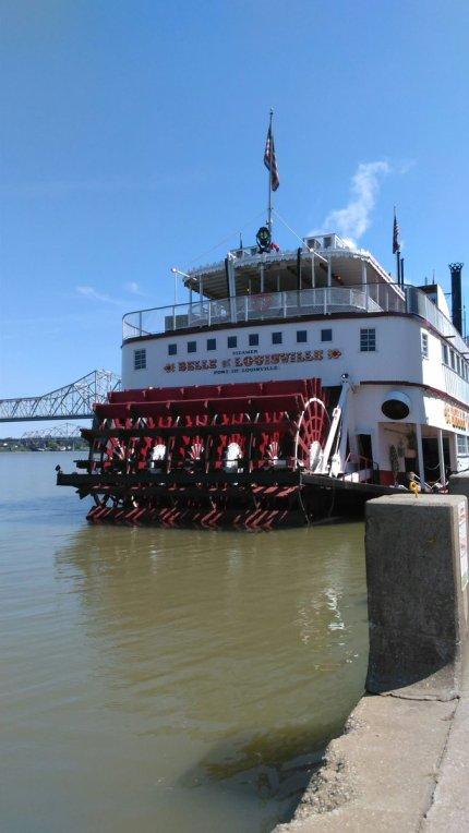 louisville-riverboat